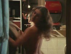 Елена Костина оголила сиськи в сериале «Воскресенье, половина седьмого» фото #7