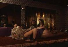 Страстная Анна Терехова оголила грудь и попу в фильме «Все то, о чем мы так долго мечтали» фото #23