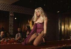 Страстная Анна Терехова оголила грудь и попу в фильме «Все то, о чем мы так долго мечтали» фото #24