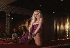 Страстная Анна Терехова оголила грудь и попу в фильме «Все то, о чем мы так долго мечтали» фото #25
