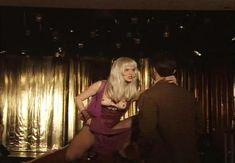 Страстная Анна Терехова оголила грудь и попу в фильме «Все то, о чем мы так долго мечтали» фото #30