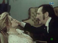 Наталья Егорова показала голую грудь в сериале «Грех» фото #6
