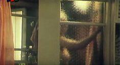 Засвет груди Елены Кондулайнен в фильме «Две версии одного столкновения» фото #4