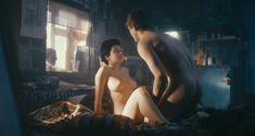 Красотка Анна Старшенбаум снялась полностью голой в фильме «Детям до 16...» фото #14