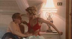 Красотка Светлана Тимофеева-Летуновская  оголила грудь и попу в сериале «Дзисай» фото #9
