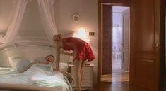 Красотка Светлана Тимофеева-Летуновская  оголила грудь и попу в сериале «Дзисай» фото #12