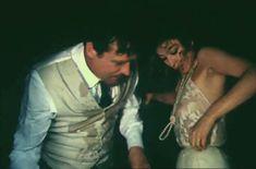 Анастасия Вертинская засветила грудь в сериале «Дни и годы Николая Батыгина» фото #1