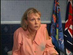 Марина Дюжева засветила трусики в сериале «Дружная семейка» фото #1