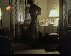 Ирина Розанова немного засветила грудь в фильме «Единожды солгав» фото #5