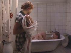 Ольга Вечкилева оголилась в сериале «Желанная» фото #20