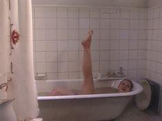 Ольга Вечкилева оголилась в сериале «Желанная» фото #23