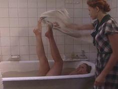 Ольга Вечкилева оголилась в сериале «Желанная» фото #27