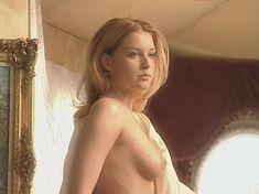 Ольга Вечкилева оголилась в сериале «Желанная» фото #50