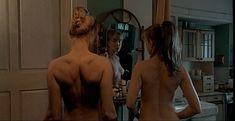 Дарья Мороз показала голую грудь в сериале «Женщины в игре без правил» фото #8