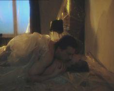 Полностью голая Вера Алентова в фильме «Зависть богов» фото #8