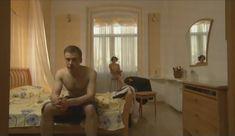 Голые сиськи Елены Поляковой в сериале «Замыслил я побег...» фото #5