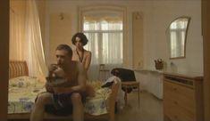Голые сиськи Елены Поляковой в сериале «Замыслил я побег...» фото #15