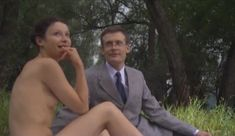 Голые сиськи Елены Поляковой в сериале «Замыслил я побег...» фото #70