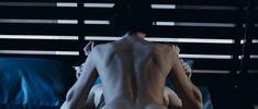 Сексуальная Любовь Толкалина оголила грудь и попу в фильме «Запрещенная реальность» фото #2