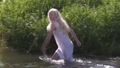 Екатерина Маликова оголила грудь и попу в сериале «Застава Жилина» фото #43