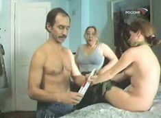 Наталья Лапина показала голую грудь в фильме «Имитатор» фото #5