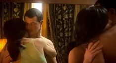 Екатерина Маликова засветила голую грудь в сериале «Индус» фото #8