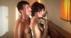 Екатерина Маликова засветила голую грудь в сериале «Индус» фото #14