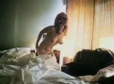 Красивая голая грудь Александры Колкуновой в фильме «Кодекс молчания» фото #3