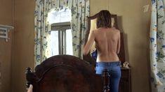 Аппетитные голые сиськи Любви Толкалиной в сериале «Кордон следователя Савельева» фото #6