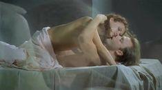 Евгения Трофимова оголила грудь и попу в фильме «Летний дождь» фото #8