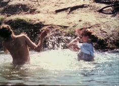 Красивая Дарья Повереннова засветила грудь в фильме «Лето любви» фото #46
