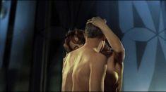 Ольга Родионова оголила грудь и засветила письку в фильме «Лифт» фото #4