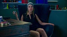 Маруся Зыкова засветила трусики в сериале «Лондонград. Знай наших» фото #5
