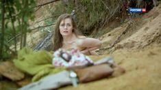 Голая попа Анны Миклош в сериале «Любовь как несчастный случай» фото #7