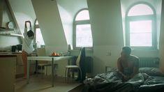 Сексуальная Любовь Аксенова показала голые сиськи в сериале «Мажор» фото #12