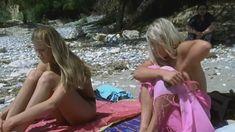 Голая грудь Лики Кремер в сериале «Матрешки» фото #8
