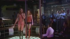Любовь Толкалина показала голые сиськи в сериале «Матрешки» фото #3