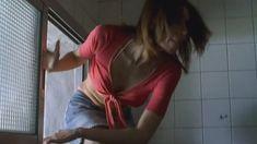 Любовь Толкалина показала голые сиськи в сериале «Матрешки» фото #23