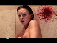 Юлия Жигалина слегка засветила грудь в сериале «Мент в законе 3» фото #9