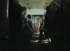 Абсолютно голая Александра Колкунова в сериале «Мир в другом измерении» фото #8
