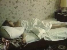 Голая грудь Анны Тихоновой в фильме «Мускал» фото #1