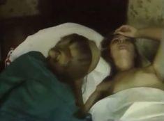Голая грудь Анны Тихоновой в фильме «Мускал» фото #4