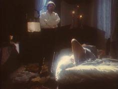 Эротичная Ольга Кабо оголила грудь в сериале «Мушкетеры 20 лет спустя» фото #7