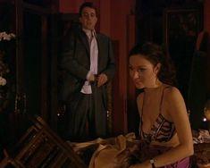 Красотка Юлия Такшина случайно засветила грудь в сериале «Не родись красивой» фото #11