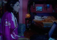 Красотка Юлия Такшина случайно засветила грудь в сериале «Не родись красивой» фото #26