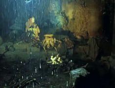 Полностью обнажённая Евдокия Германова в фильме «Новые приключения янки при дворе короля Артура» фото #7