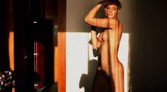 Полностью голая Наталья Анисимова в фильме «Новые русские 2» фото #29
