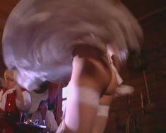 Голые сиськи Любви Тихомировой в фильме «Особенности банной политики, или Баня 2» фото #37