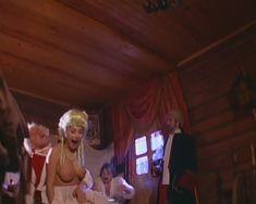Голые сиськи Любви Тихомировой в фильме «Особенности банной политики, или Баня 2» фото #43