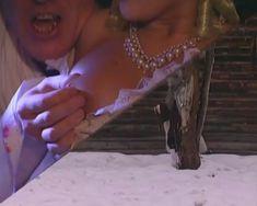 Голые сиськи Любви Тихомировой в фильме «Особенности банной политики, или Баня 2» фото #50